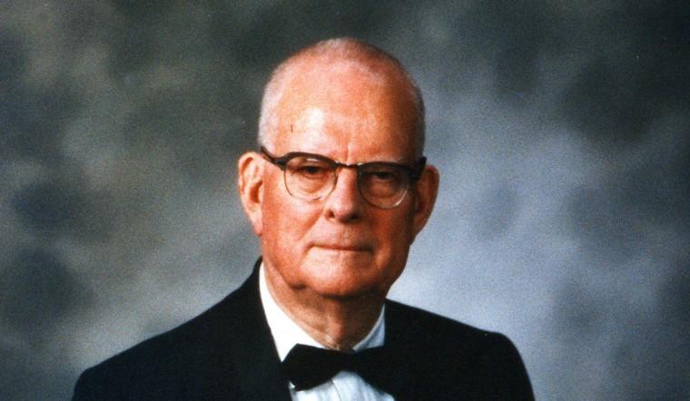Deming-in-Tuxedo-DEM-1078-Dr.-Deming2-1940x1130